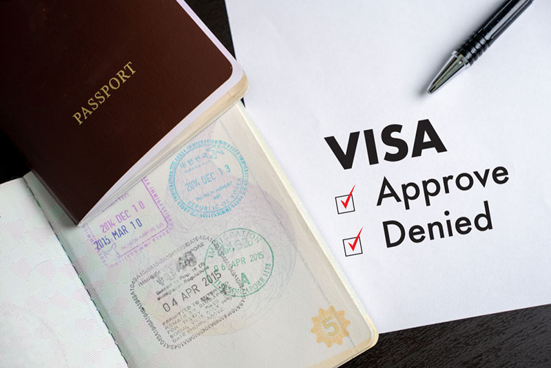 Is Visitor Visa Available with O1 Visa for Doctors?